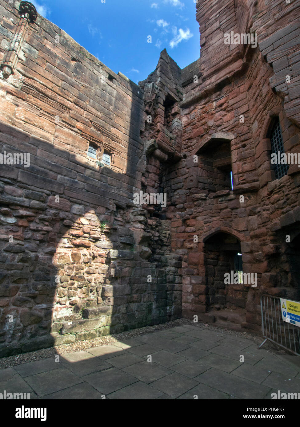 SOUTH LANARKSHIRE, SCOTLAND- AUGUST 31st 2018: The chapel in Bothwell Castle. - Stock Image