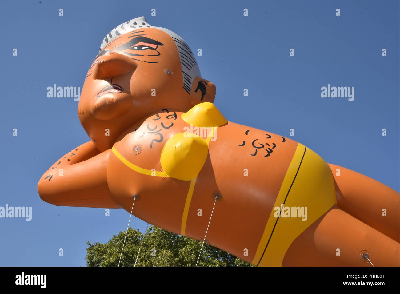 London, UK. 1st September, 2018. Make London Safe Again Campaigners flew a 29ft balloon of Sadiq Khan wearing a bikini to mark the fight back against rising knife crime amid the lack of action from the London Mayor,Parliament Square,London.UK Credit: michael melia/Alamy Live News Stock Photo