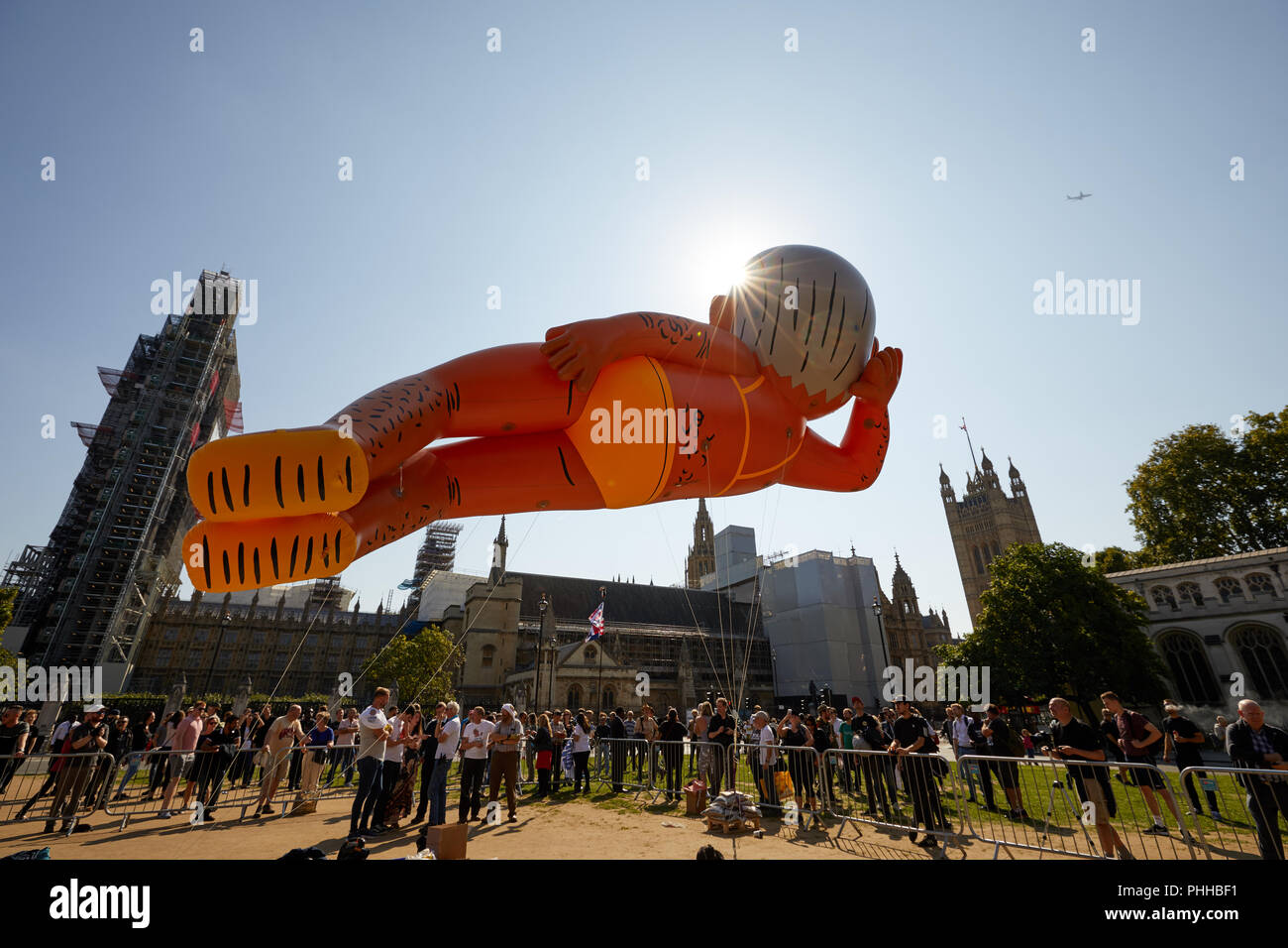 London, U.K. - 1 September 2018: A balloon of London mayor Sadiq Khan faces the Houses of Parliament at the Make London Safe protest in Parliament Square. Credit: Kevin Frost/Alamy Live News - Stock Image