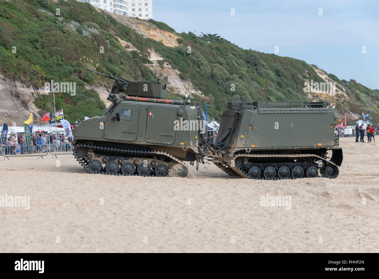 Bournemouth, UK. 1st September 2018. The Bournemouth Air Festival continues with good weather and huge crowds to for the free, annual festival on the beach in Bournemouth, Dorset. Displays from the Red Arrows, Tigers Parachute Display Team, Gravity Industries Jet Suit, a Chinook Helicopter and the Breitling Jet Team among others. Credit: Thomas Faull/Alamy Live News Stock Photo