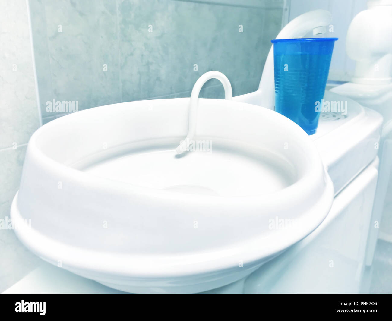 Spittoon Stock Photos Amp Spittoon Stock Images Alamy