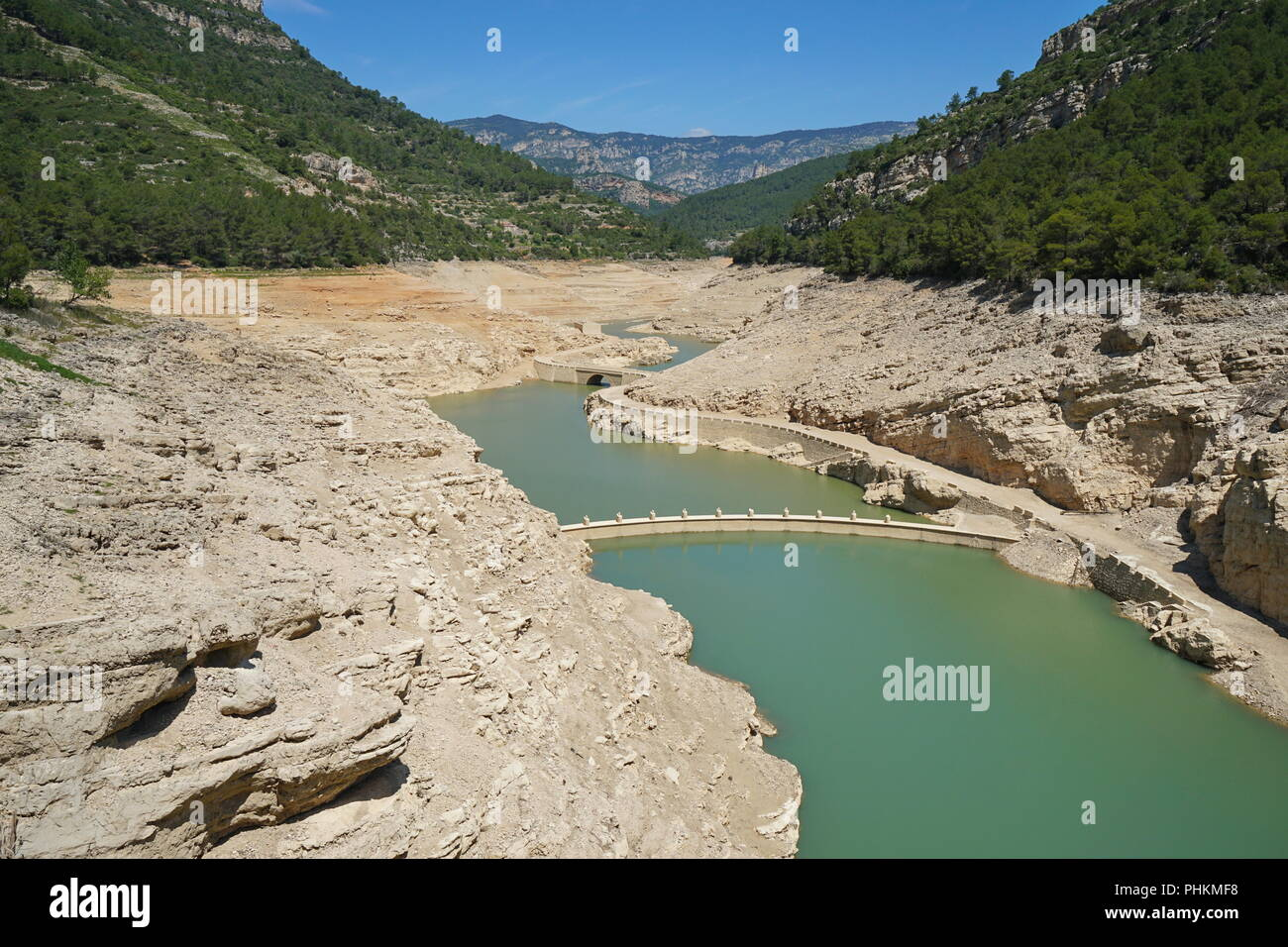 The reservoir of Ulldecona practically empty in june 2018 because of lack of rains, Province of Castellon, Valencian Community, Spain - Stock Image