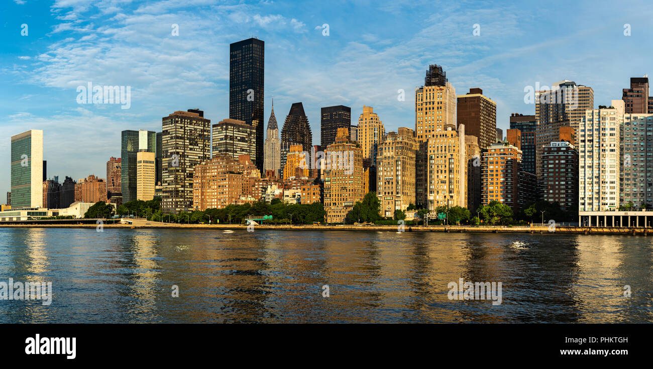 New York City / USA   JUL 31 2018: Midtown Manhattan Buildings, Skyscrapers  And Apartments View From Roosevelt Island In The Early Morning