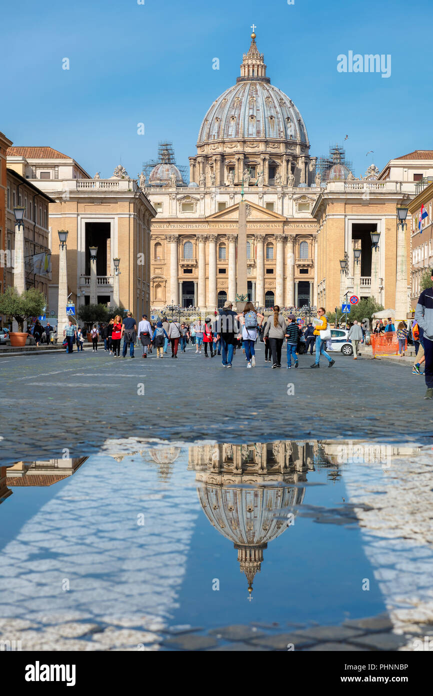 View of Saint Peters Square in the Vatican, Rome, Italy. - Stock Image