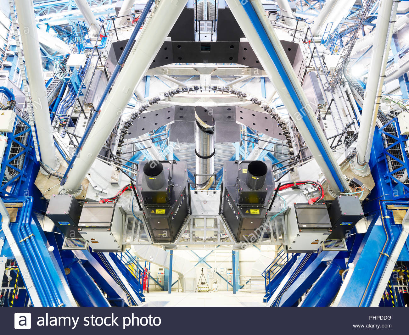 Low angle view of a telescope at Paranal Observatory - Stock Image