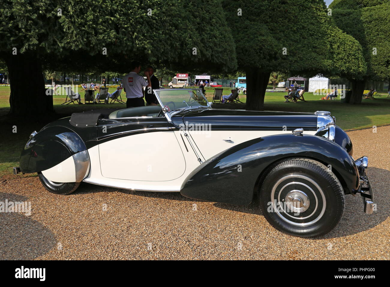 Lagonda V-12 Rapide Coupé (1938), Concours of Elegance 2018 (Preview Day), 31 August 2018. Hampton Court Palace, London, UK, Europe - Stock Image