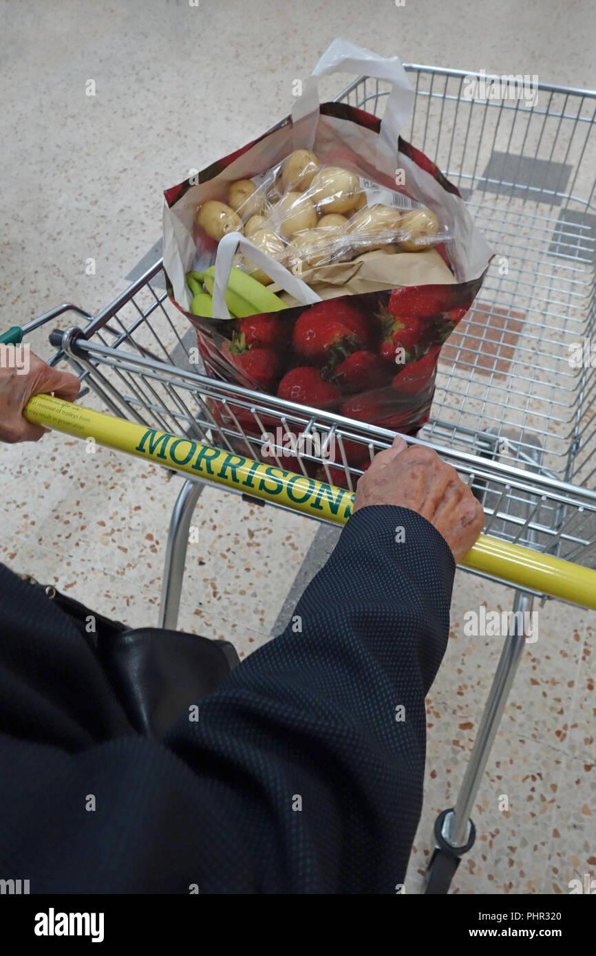 shopping at Morrisons, Halfway, Sheffield, England - Stock Image
