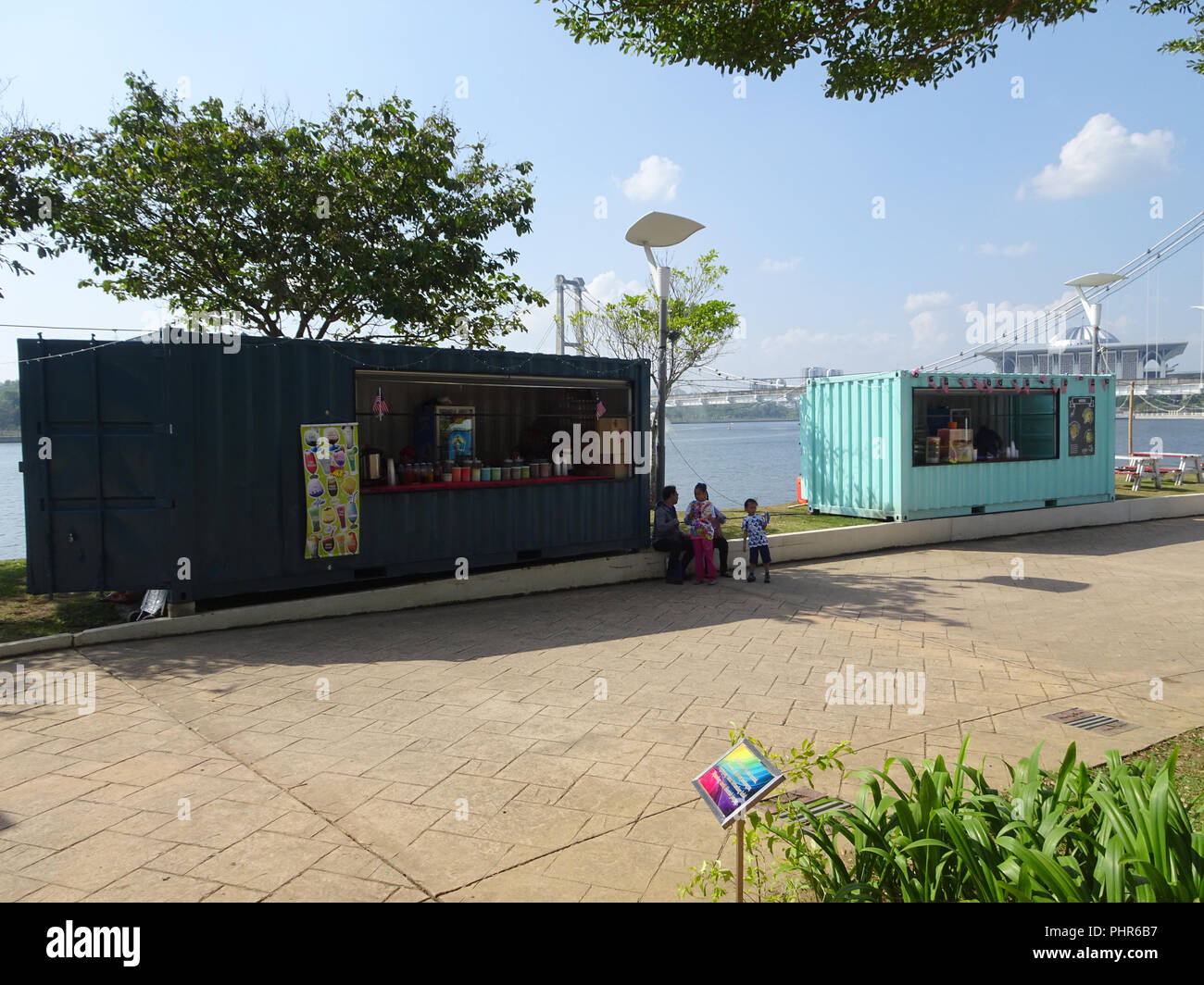 Food and drinks shop made from refurbish shipping container. - Stock Image