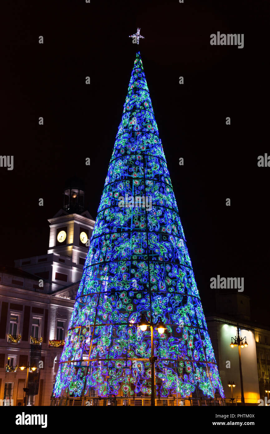 christmas tree with blue light and star black background - Christmas Tree With Blue Lights