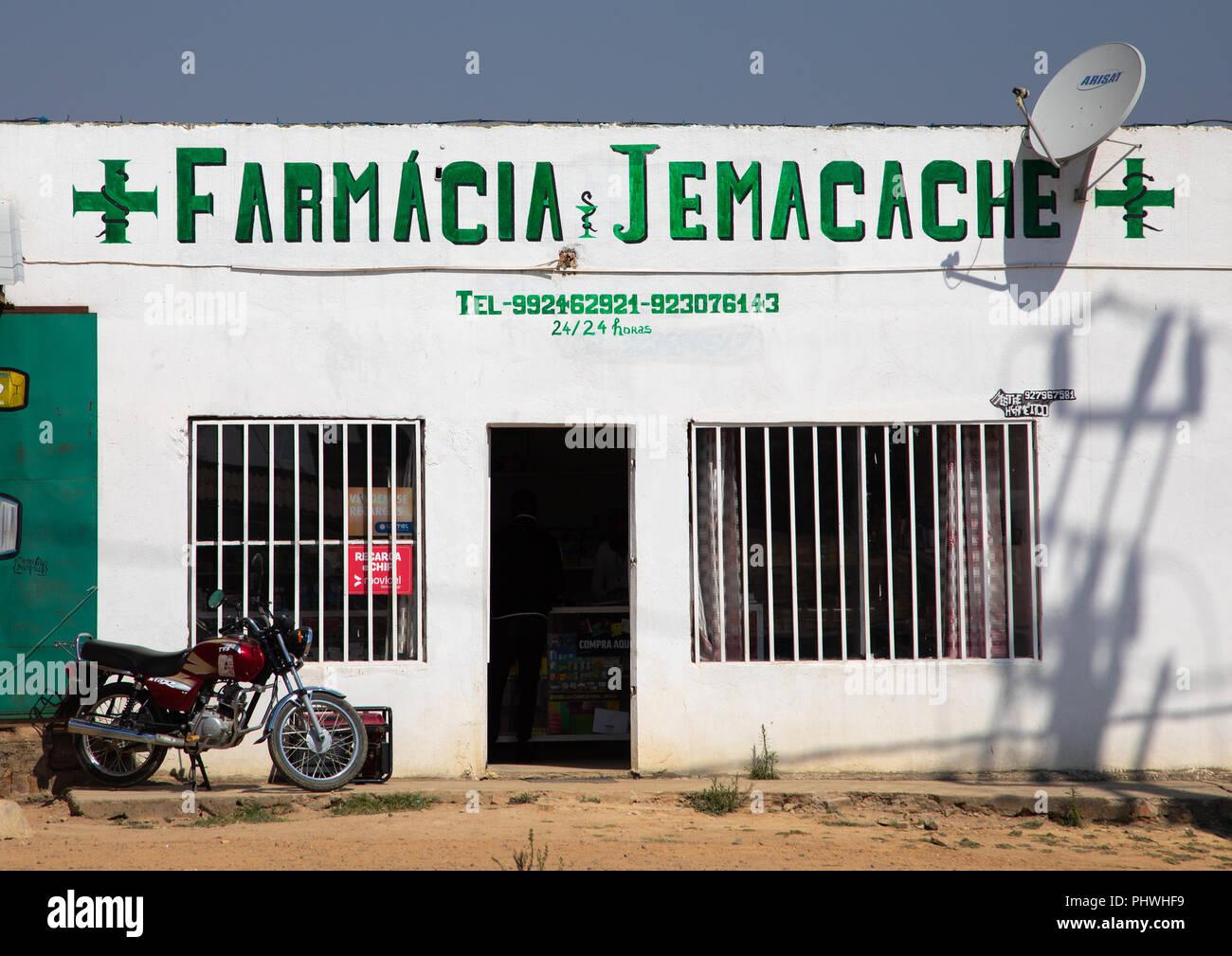 Pharmacy shop, Huila Province, Lubango, Angola - Stock Image