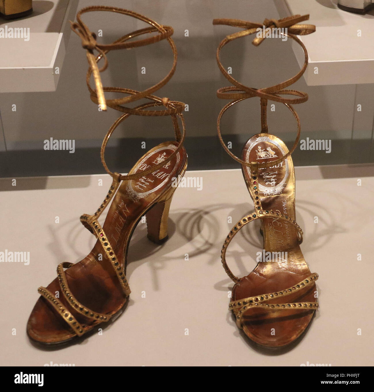 24f93765acf Gold Sandals Stock Photos   Gold Sandals Stock Images - Alamy