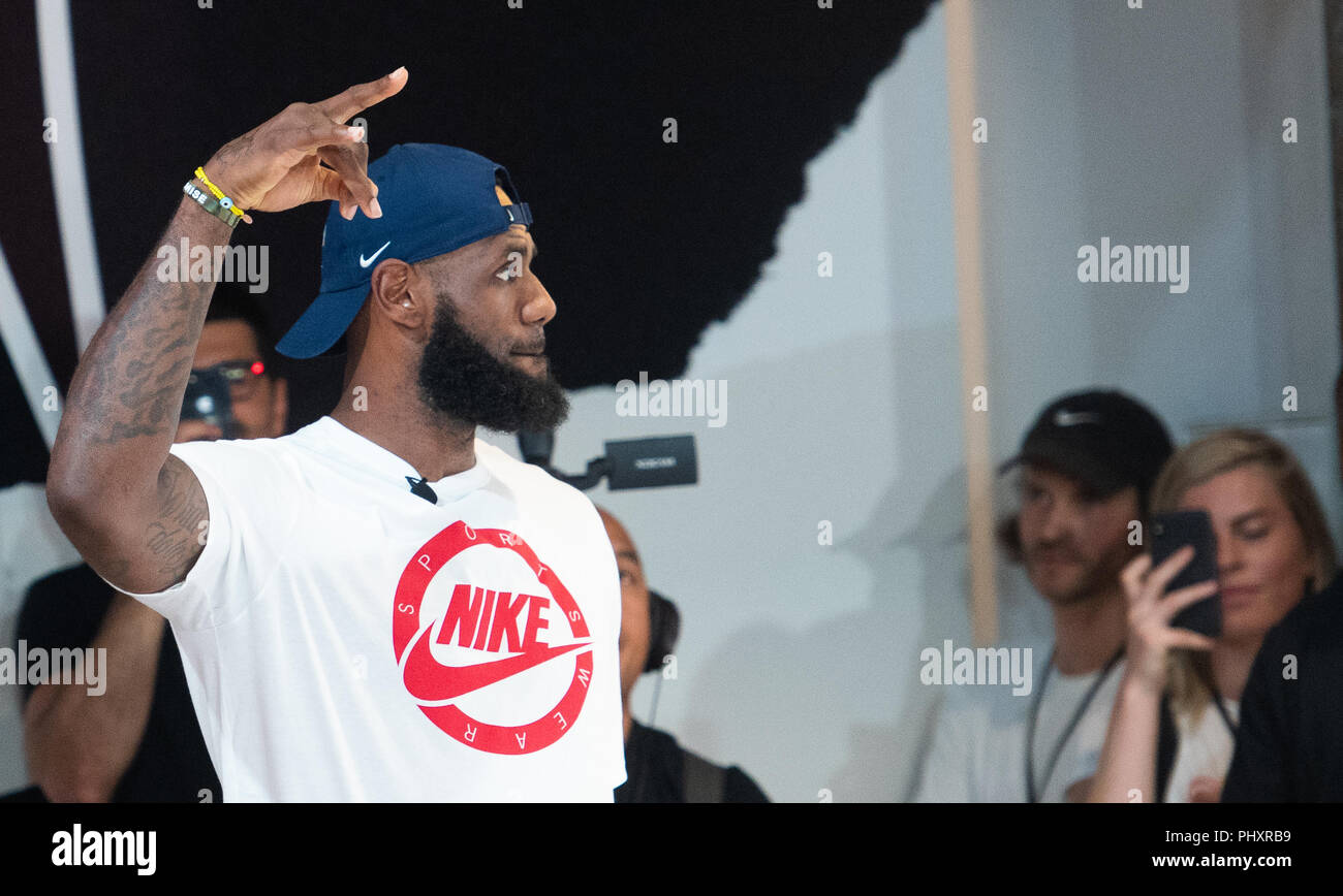 Berlin, Germany. 02nd Sep, 2018. 02.09.2018, Berlin: LeBron James, NBA professional of the Los Angeles Lakers, can be seen on the promotional tour 'More than an athlete'. The two-time Olympic champion has won the North American professional league NBA three times in his career and is regarded as the best basketball player of his generation. Credit: Paul Zinken/dpa/Alamy Live News - Stock Image