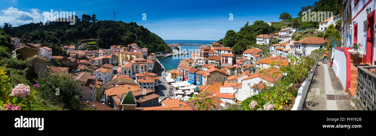 The fishing village of Cudillero in Asturias, North West Spain. - Stock Image