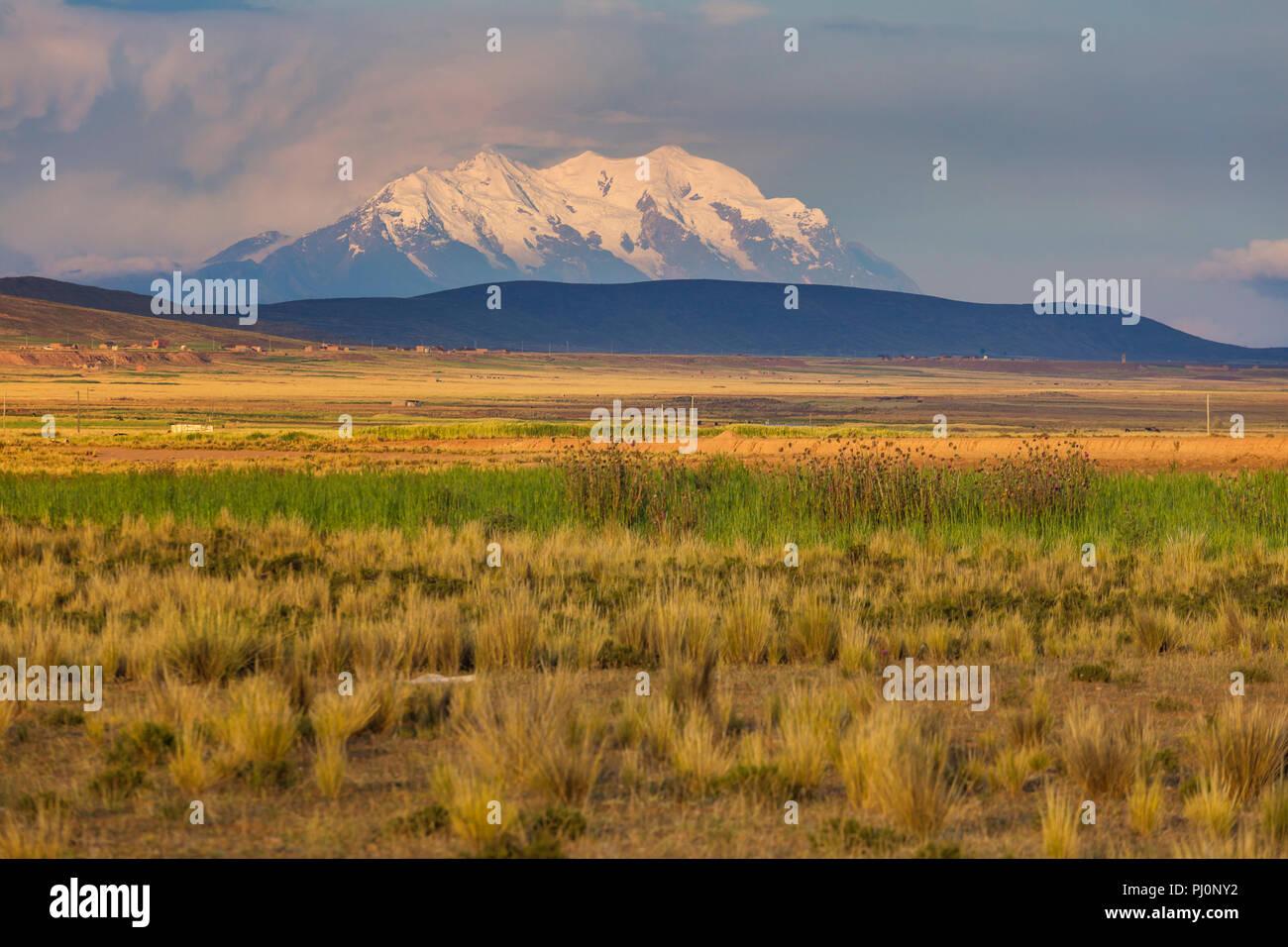 Illimani volcano, Aymara, Cordillera Real, La Paz department, Bolivia - Stock Image