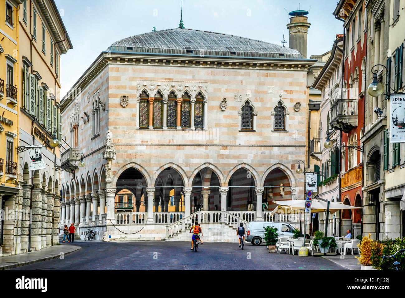 Looking at the Loggia del Lionello in the Piazza della Liberta in Udine, Italy - Stock Image