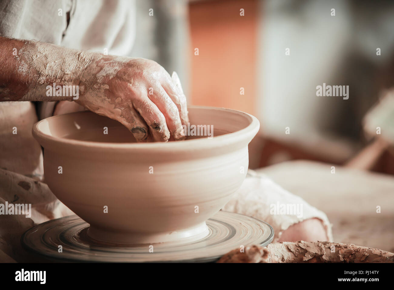 handicraft production of clay products - Stock Image