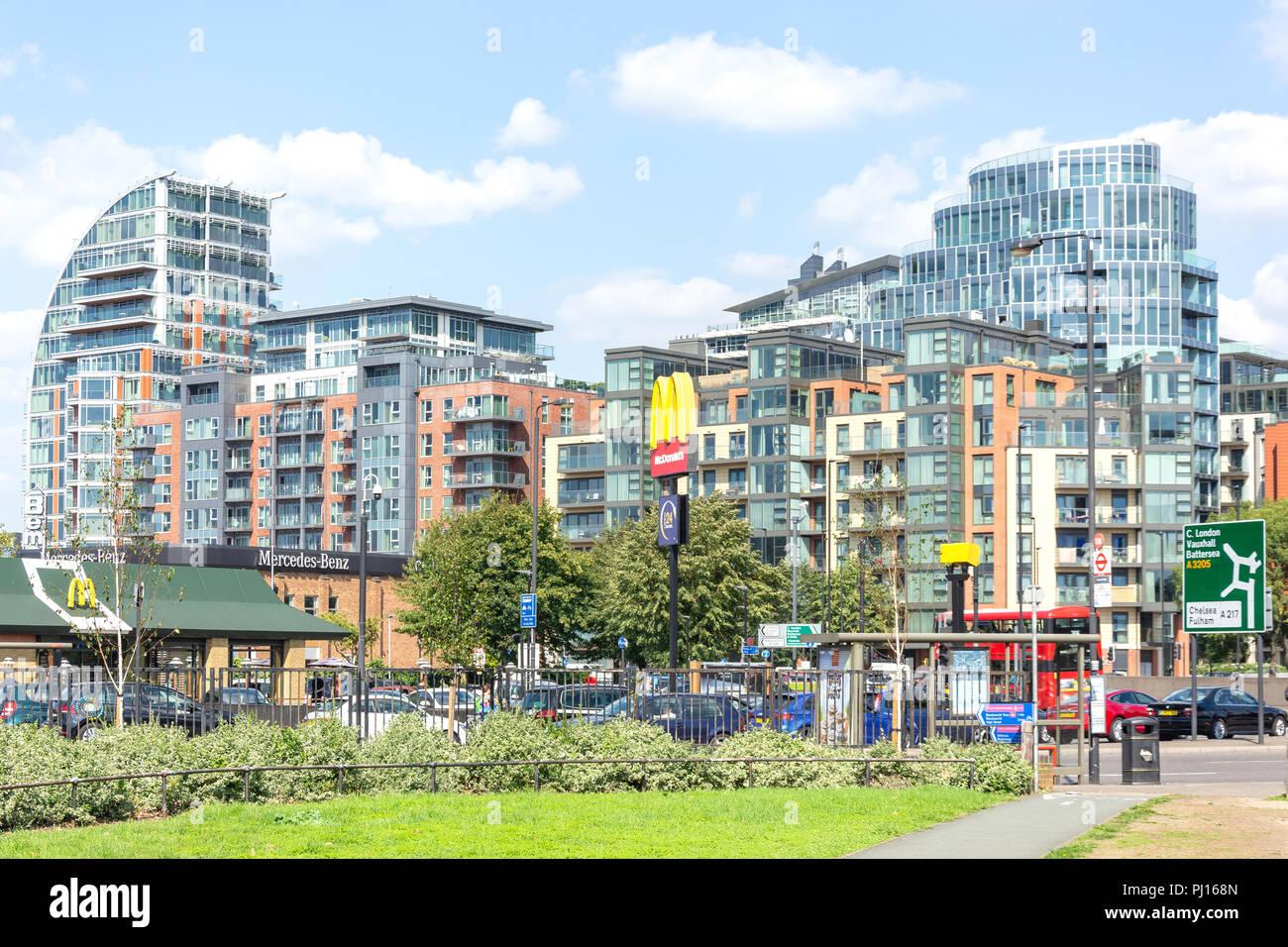 Battersea Reach apartment buildings from Wandsworth Bridge Roundabout, Wandsworth, London Borough of Wandsworth, London, England, United Kingdom - Stock Image