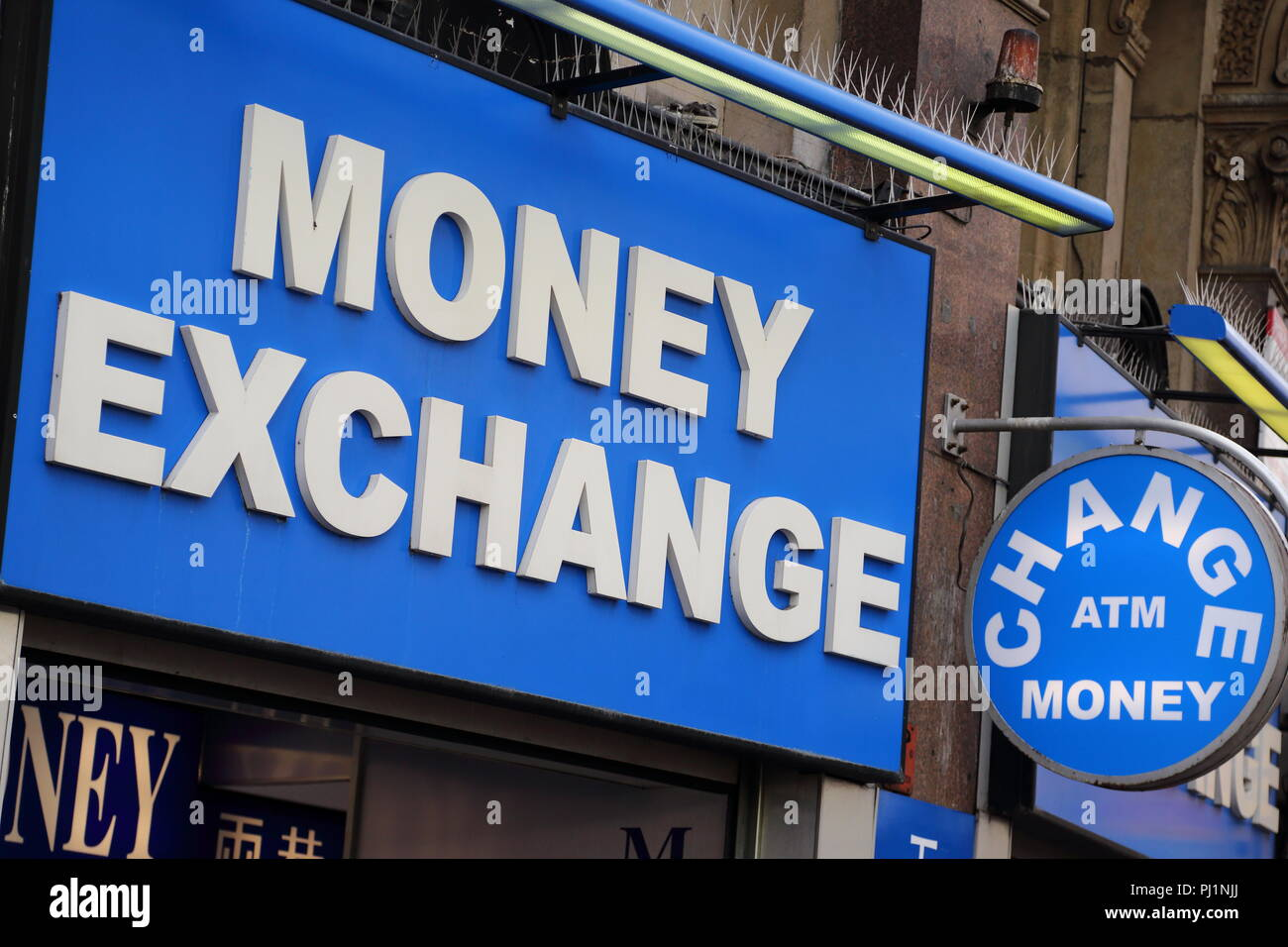 Foreign money exchange stock photos foreign money exchange stock images alamy - Western union bureau de change ...