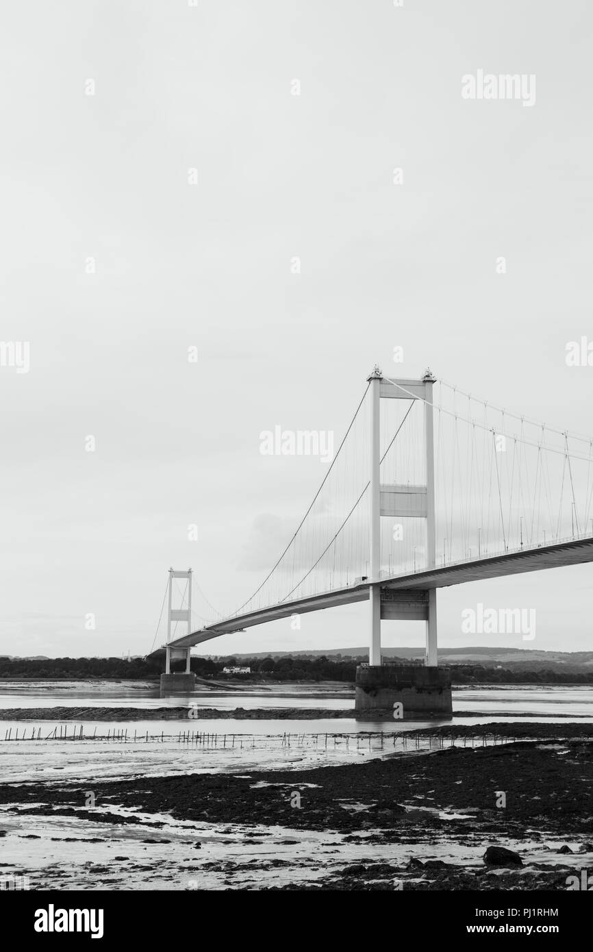 View of the Severn Bridge and the River Severn at low tide from the English side. Suspension Bridge. Tolls due to end in 2018. M48 motorway Stock Photo