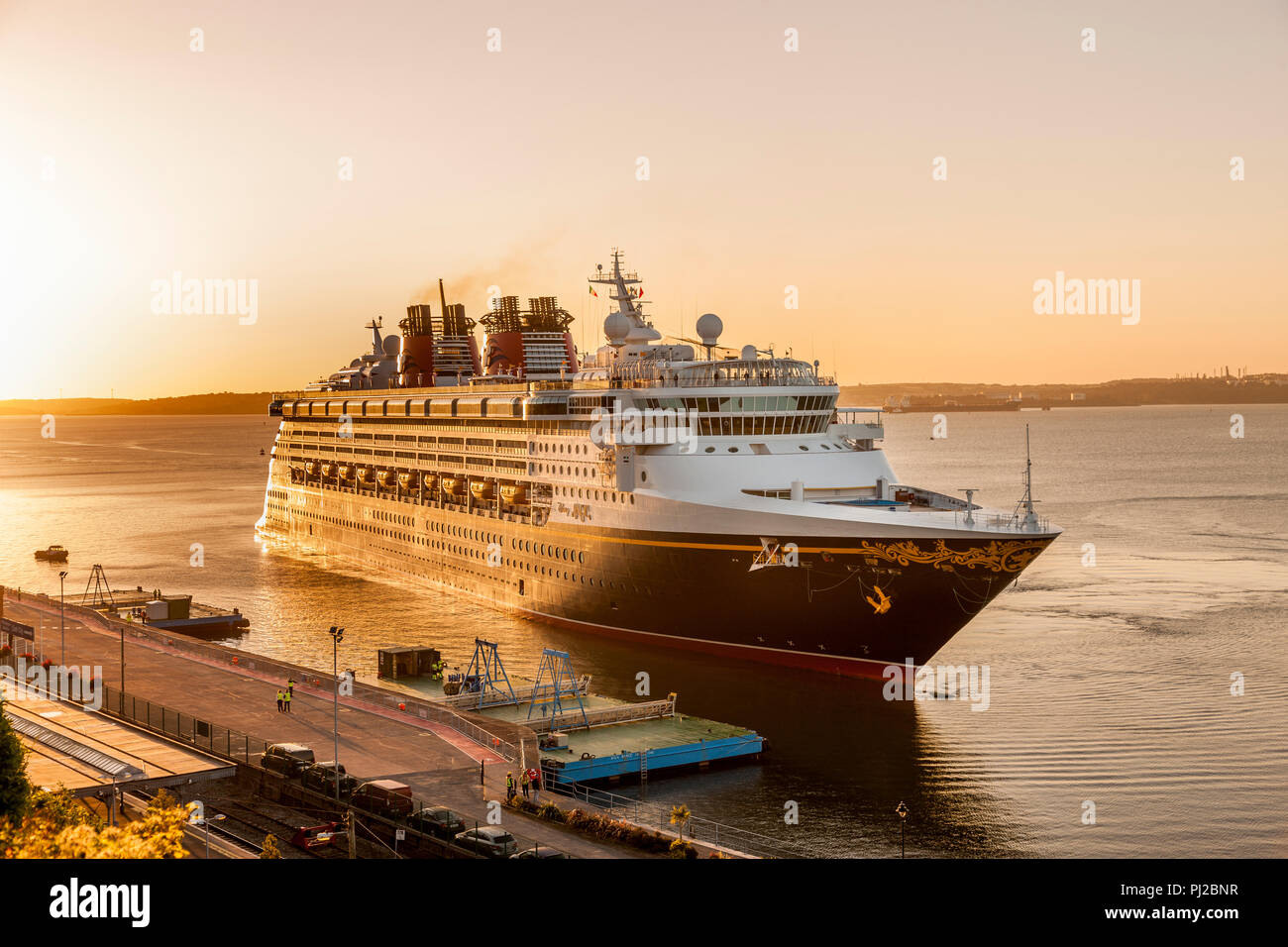 Cobh, Cork, Ireland. 04th April, 2018. Cruise ship Disney Magic about to berth at the deep water quay as she arrives on her maiden call to Cobh, Co.Cork. Credit: David Creedon/Alamy Live News - Stock Image