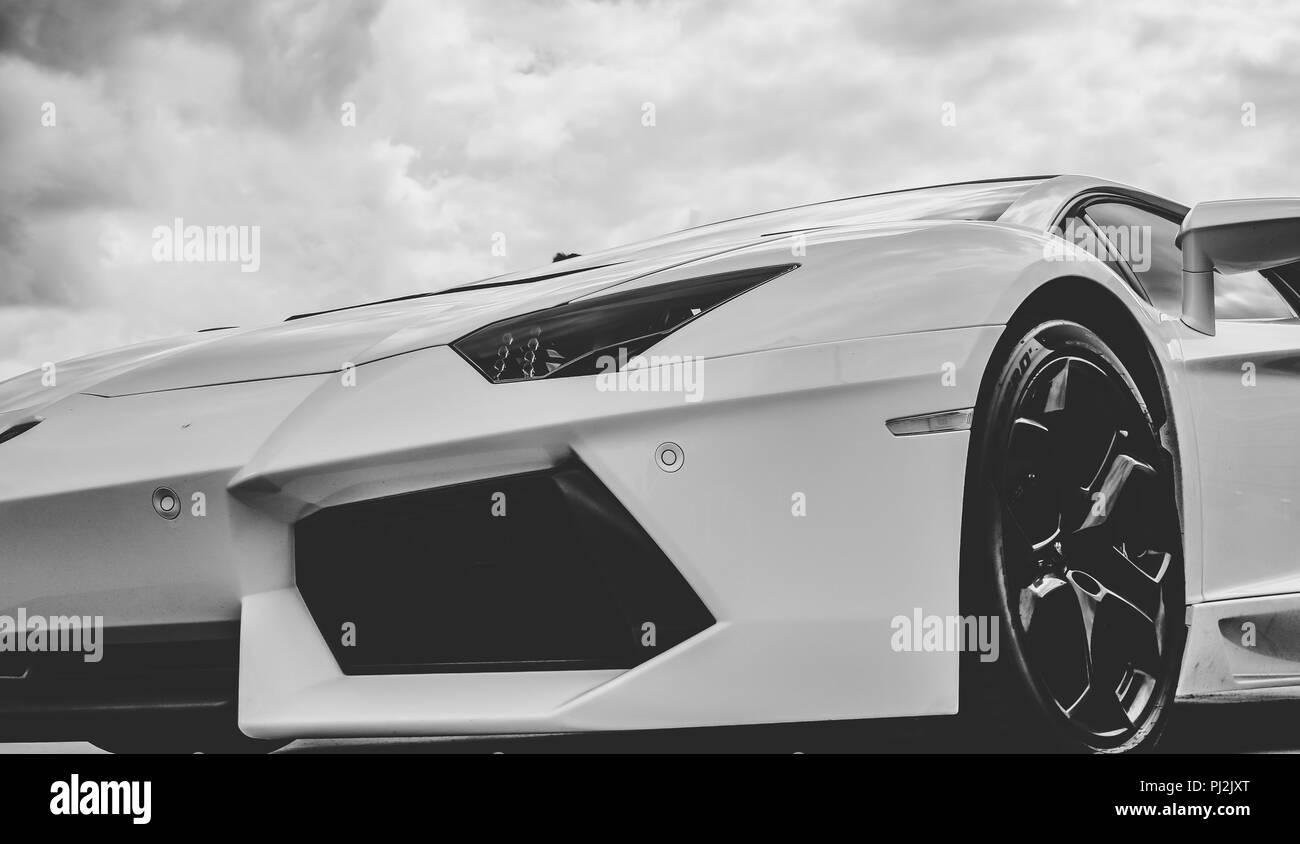 Lamborghini Black And White Stock Photos Images Alamy