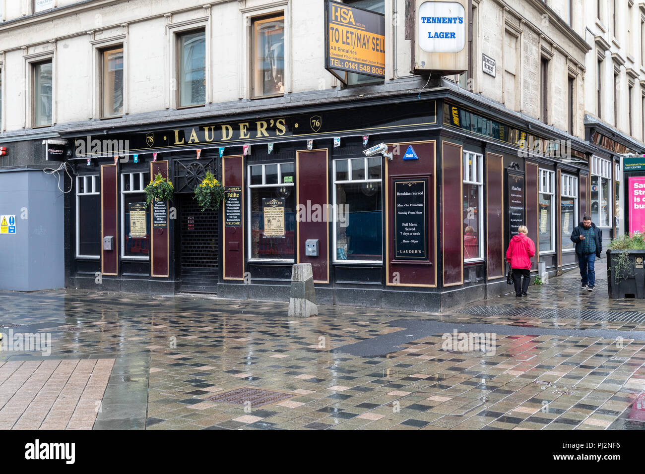 Lauders Bar in Sauchiehall Street Glasgow. This popular bar closed on the 22nd March 2018 after a fire ripped through the nearby Victorias nightclub - Stock Image