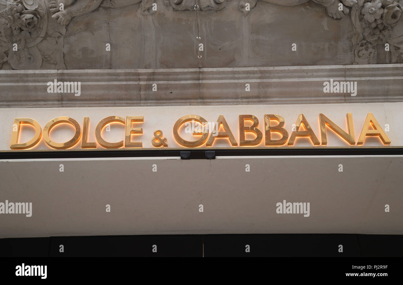 Dolce and gabbana dating