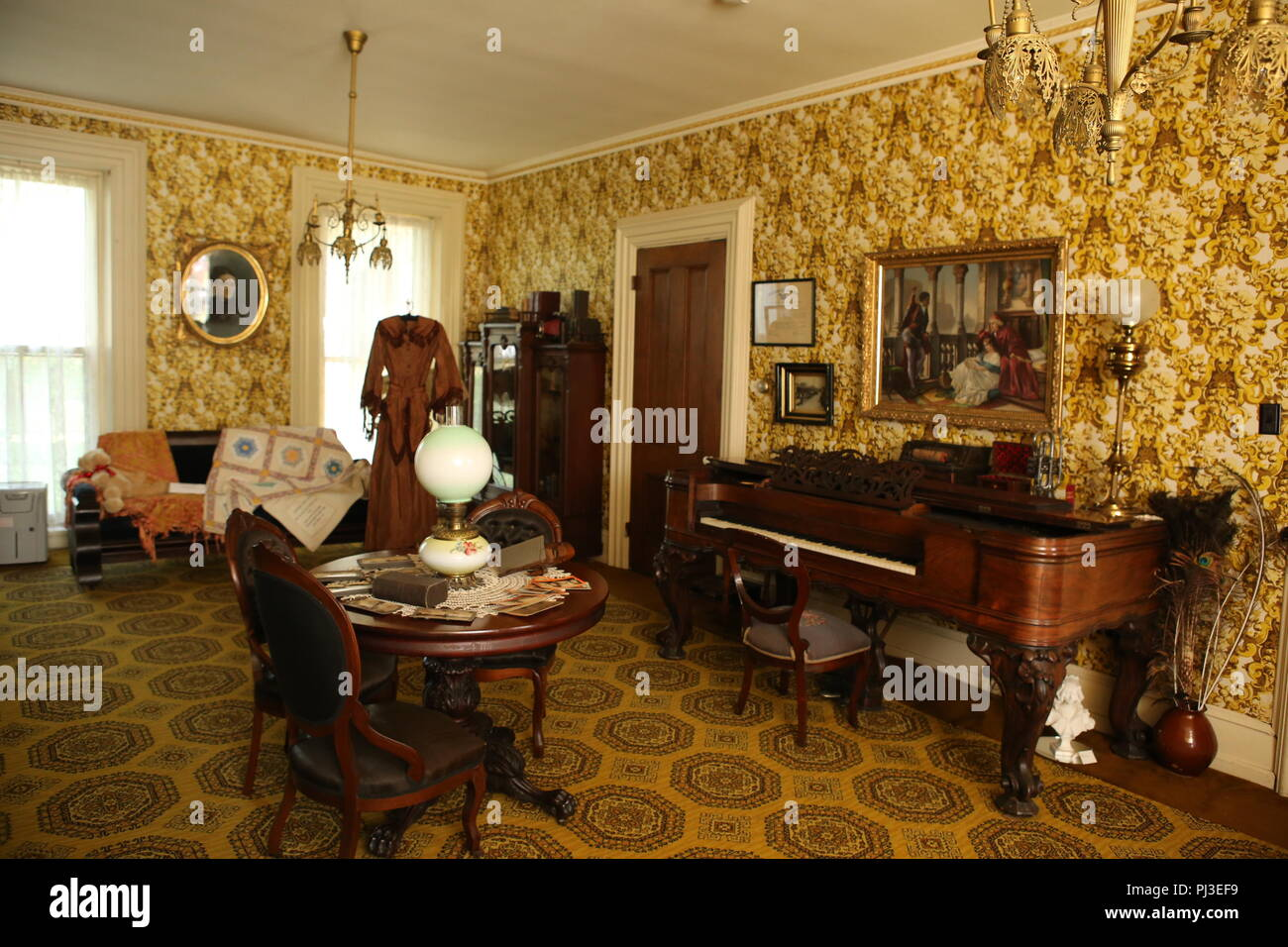 Attrayant Victorian House Interior Stock Photo: 217665485   Alamy