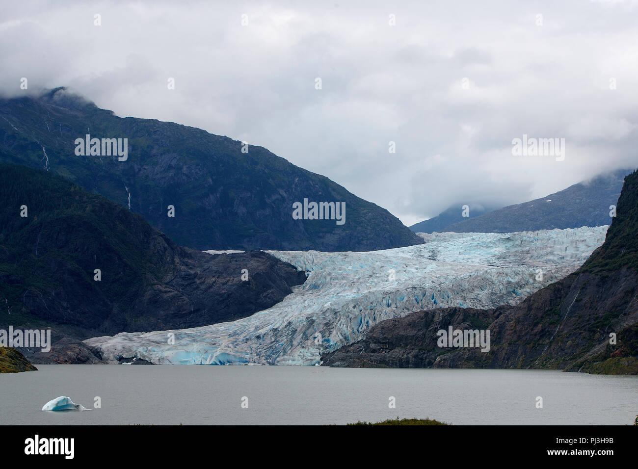 Mendenhall Glacier, Mendenhall Valley, Juneau, Alaska, United States of America - Stock Image