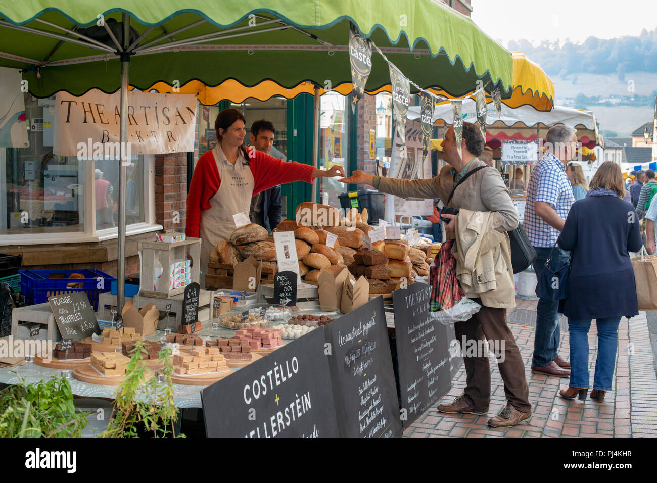 Stroud farmers market. Stroud, Gloucestershire, England - Stock Image