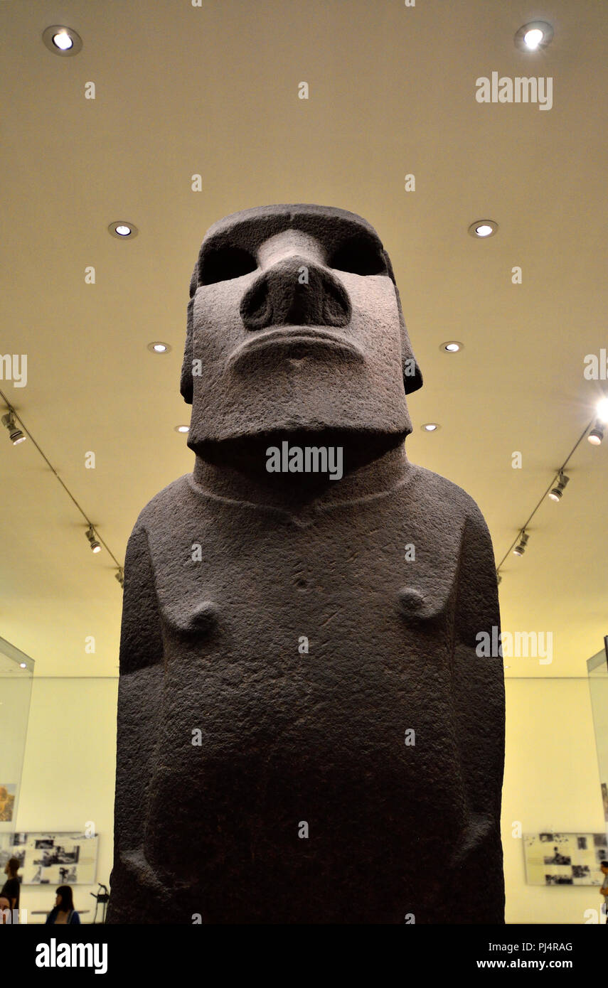 Easter Island basalt statue known as Hoa Hakananai'a (AD 1000-1200). British Museum, Bloomsbury, London, England, UK. - Stock Image