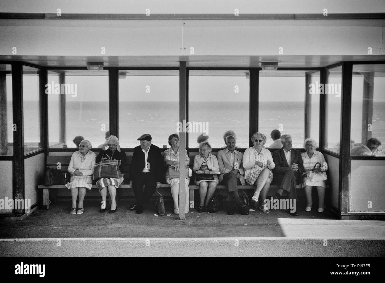 Seafront shelter, Margate, Thanet, England, UK. Circa 1980's - Stock Image