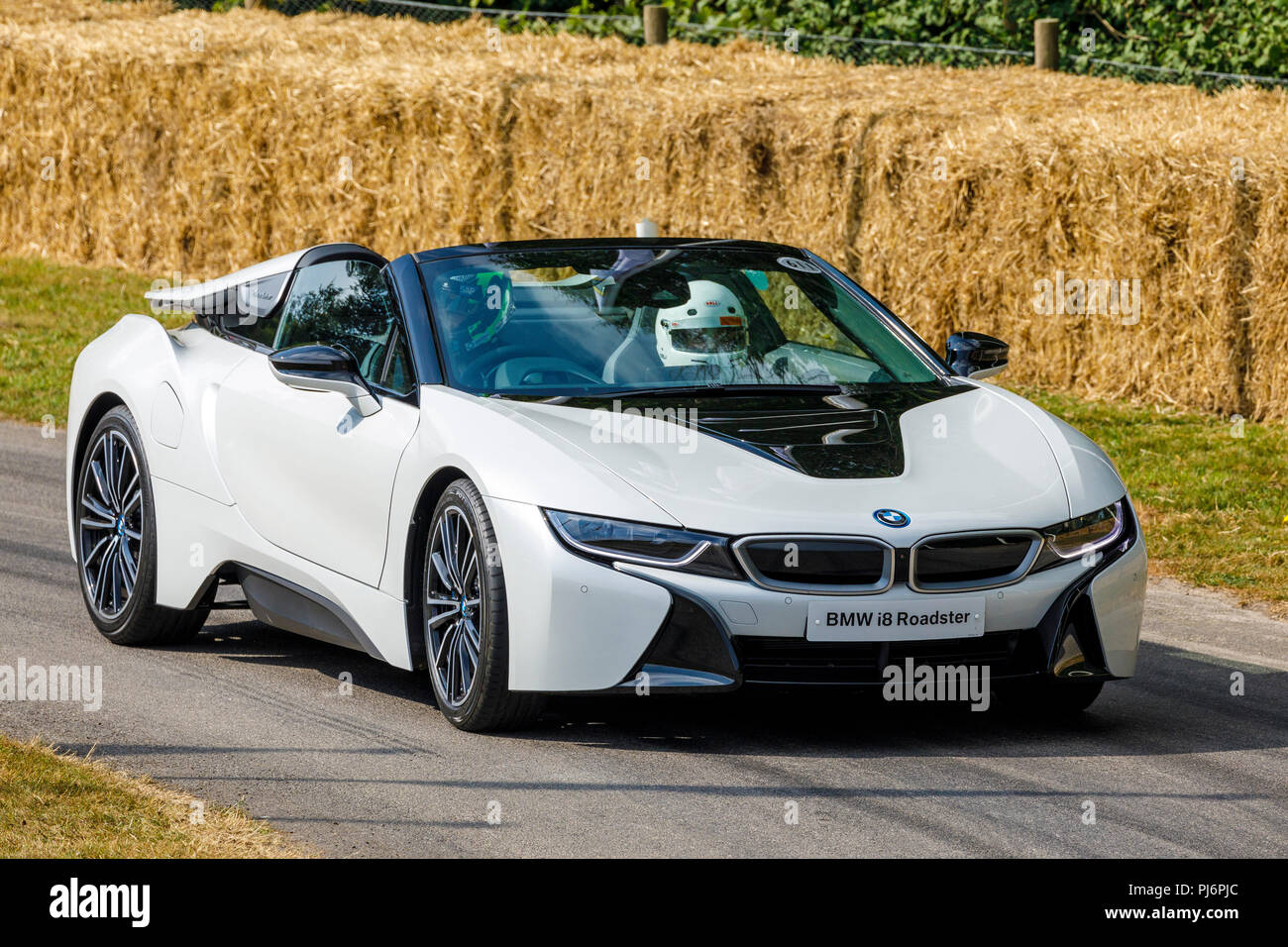 2018 Bmw I8 Roadster On It S Demonstration Hillclimb Run At The 2018
