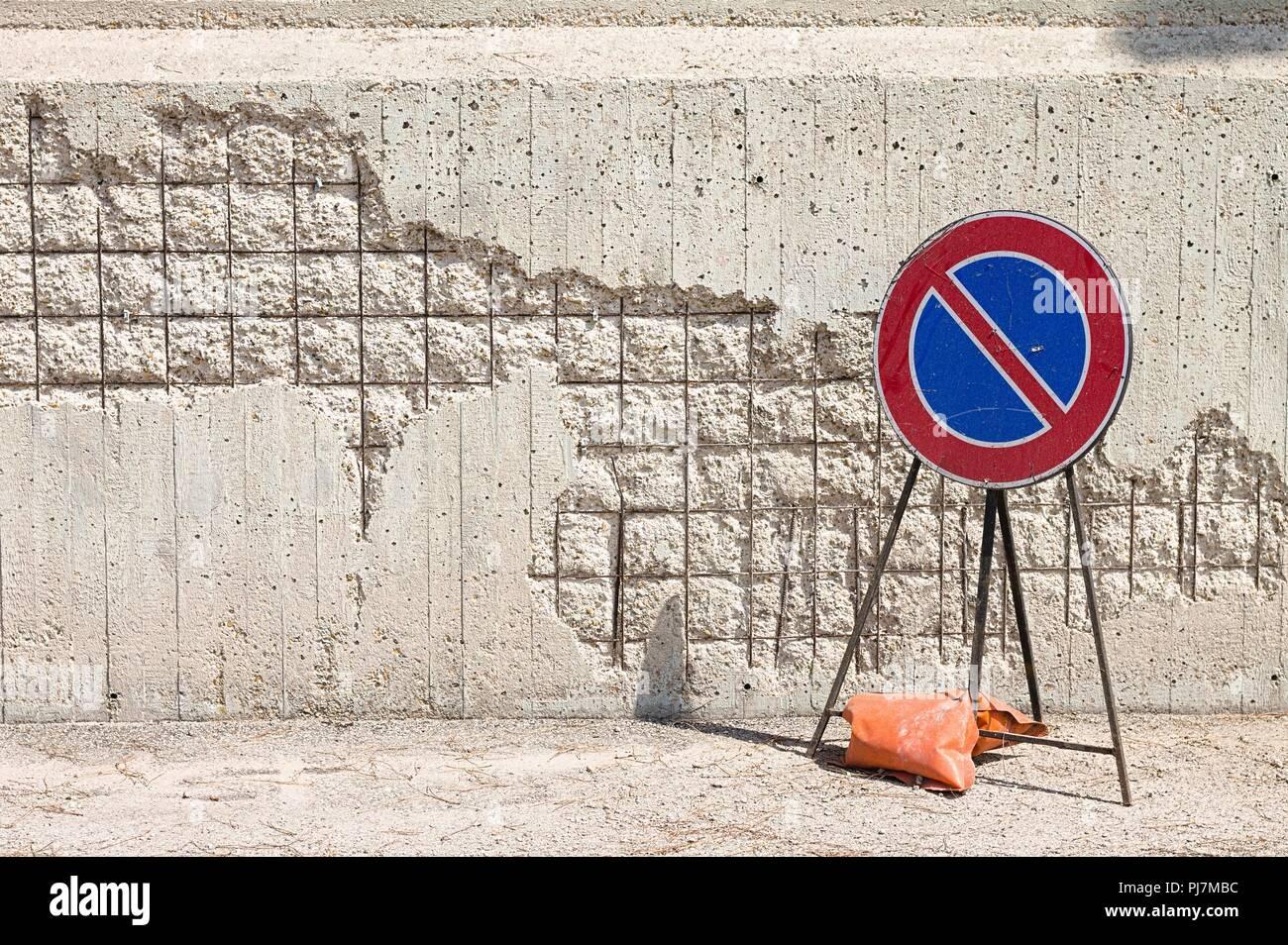 No parking - Work in progress (Pesaro, Italy, Europe) - Stock Image