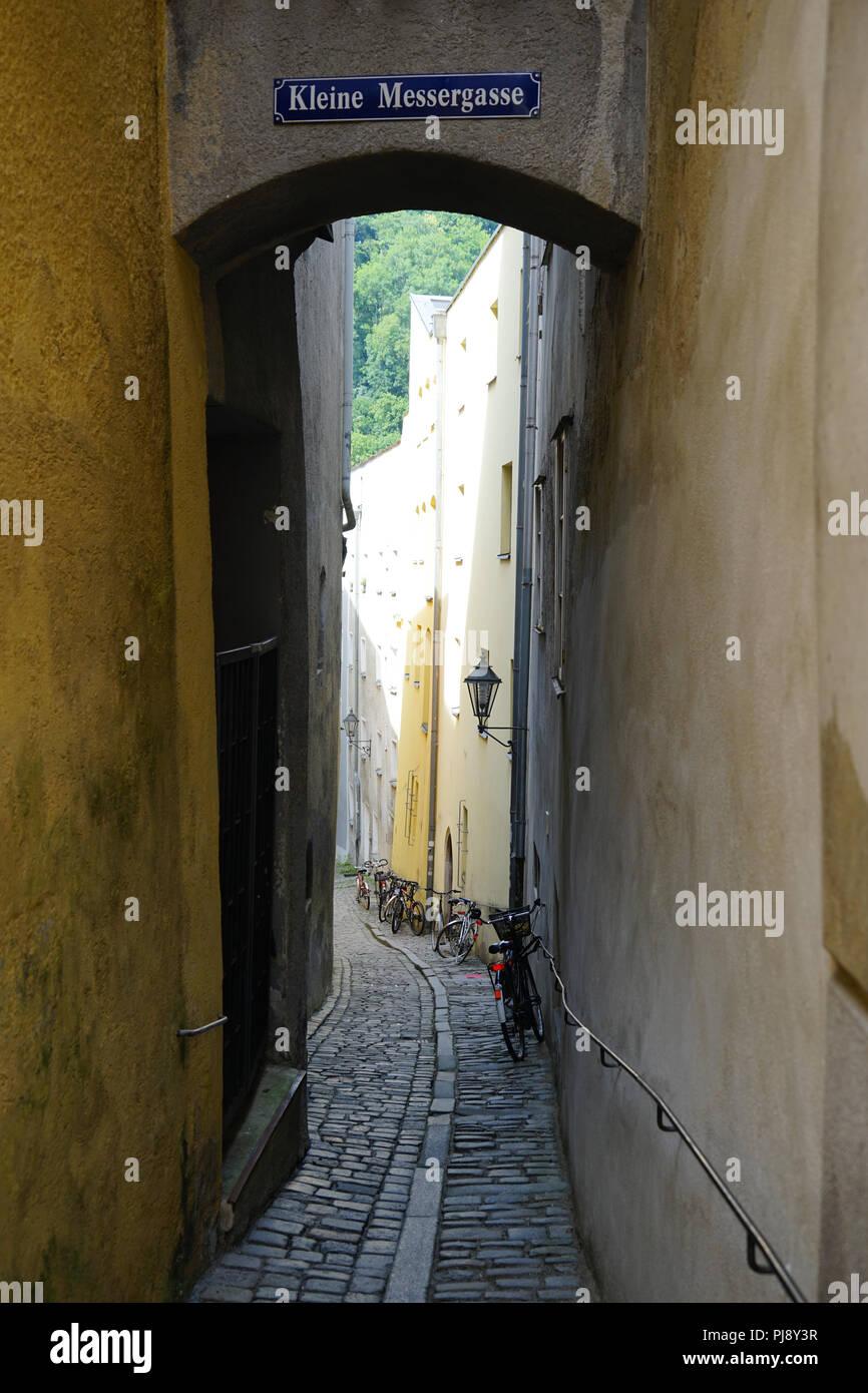 Kleine Messergasse, Altstadt, Passau, Bayern, Deutschland - Stock Image