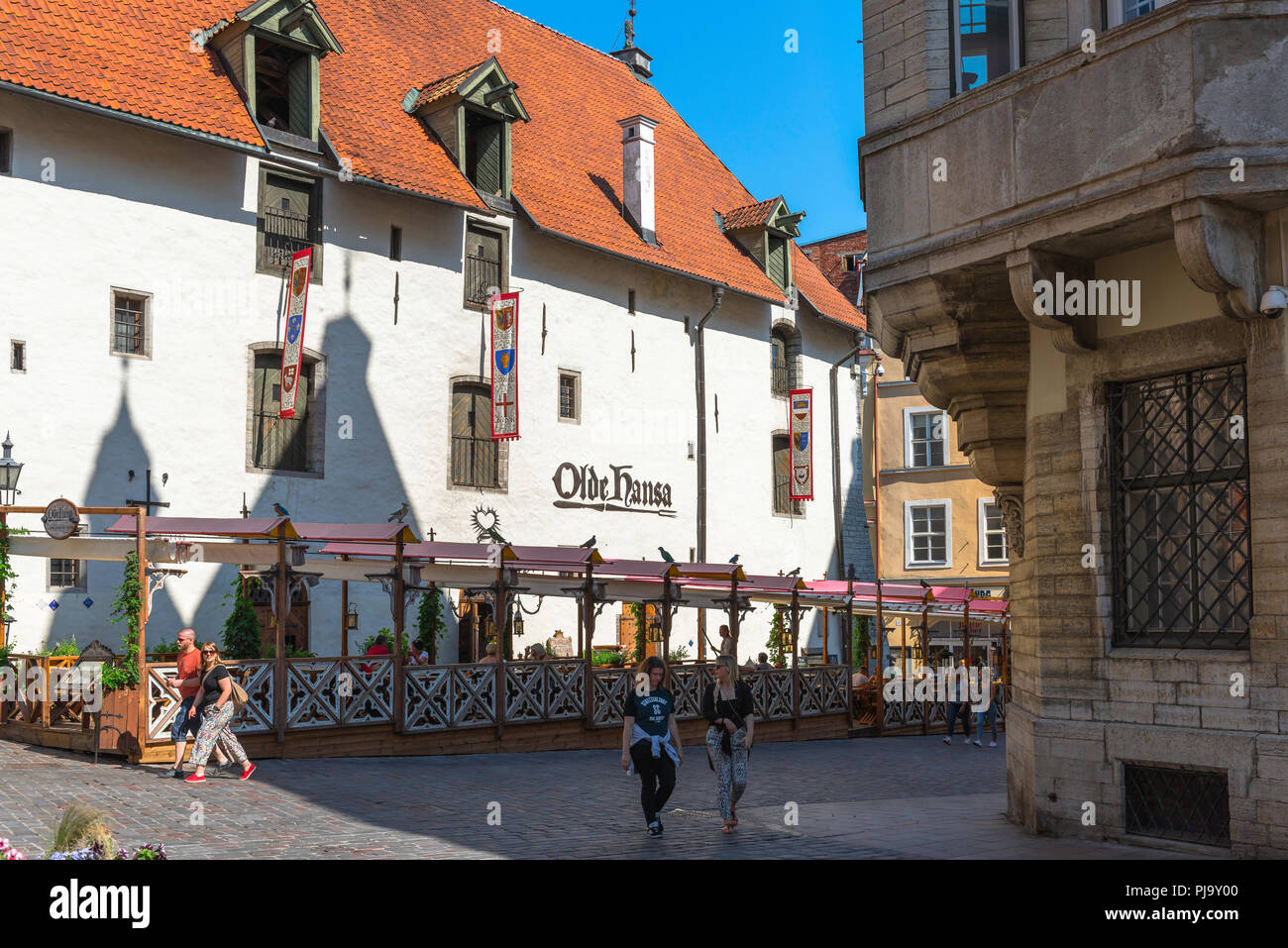 View of the famous Olde Hansa restaurant tavern in the center of the Old Town quarter of Tallinn, Estonia. - Stock Image