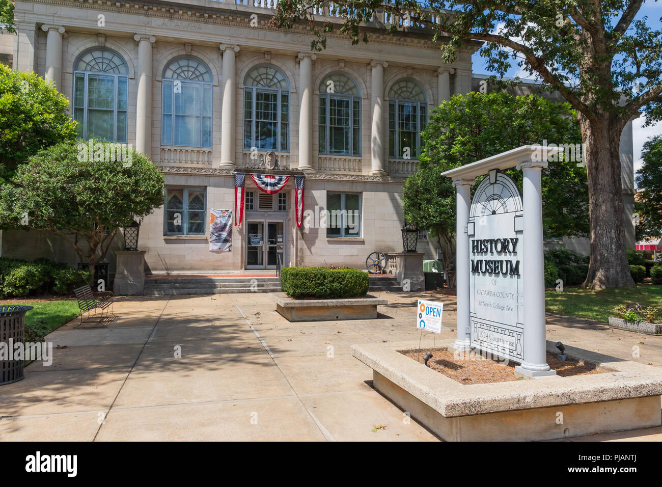 Newton, NC, USA-9/2/18:  The old Catawba County Courthouse, built in 1924, now functions as a history museum. Stock Photo