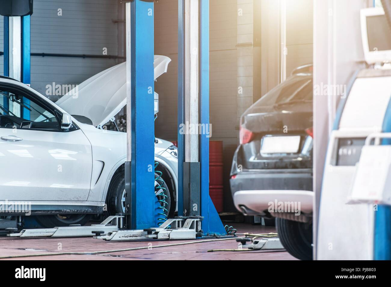 Auto Service Vehicles Maintenance Car Service Center Interior With Lifts Automotive Industry Stock Photo Alamy
