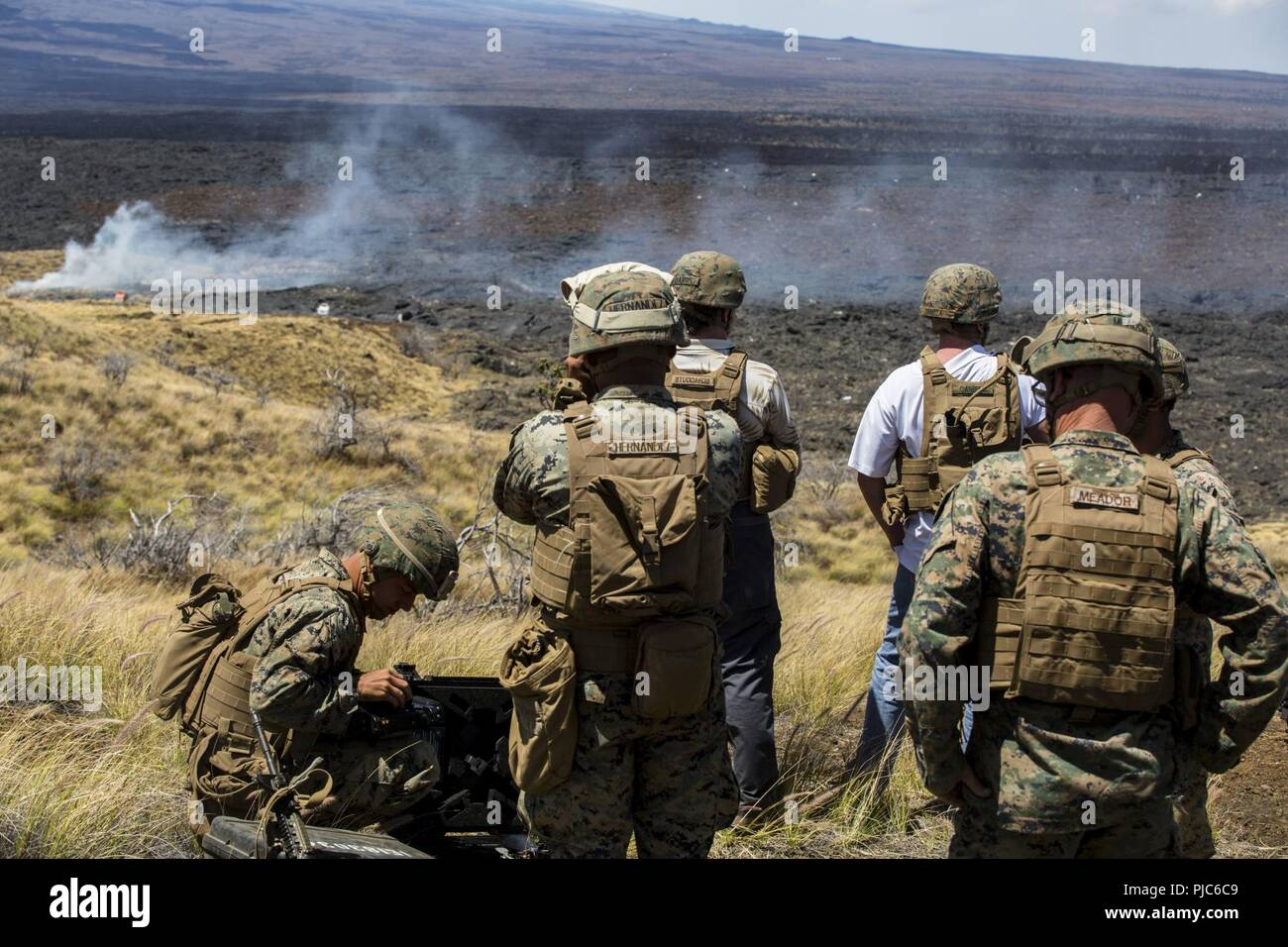 The Collateral Damage Of Testing >> U S Marines And Civilians Observe The Effects Of 81mm Experimental