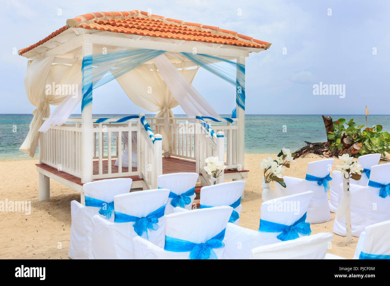 Caribbean Beach Wedding Chapel, Outdoor Venue And Decorated ...