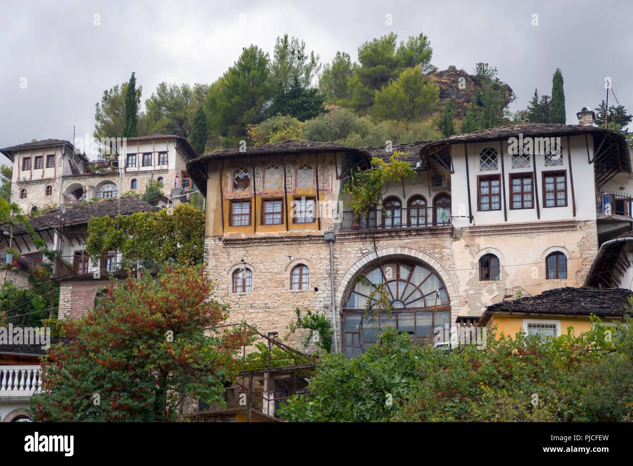 Gjirokastra, Albania, Gjirokaster, Gjirokastër, Albanien - Stock Image
