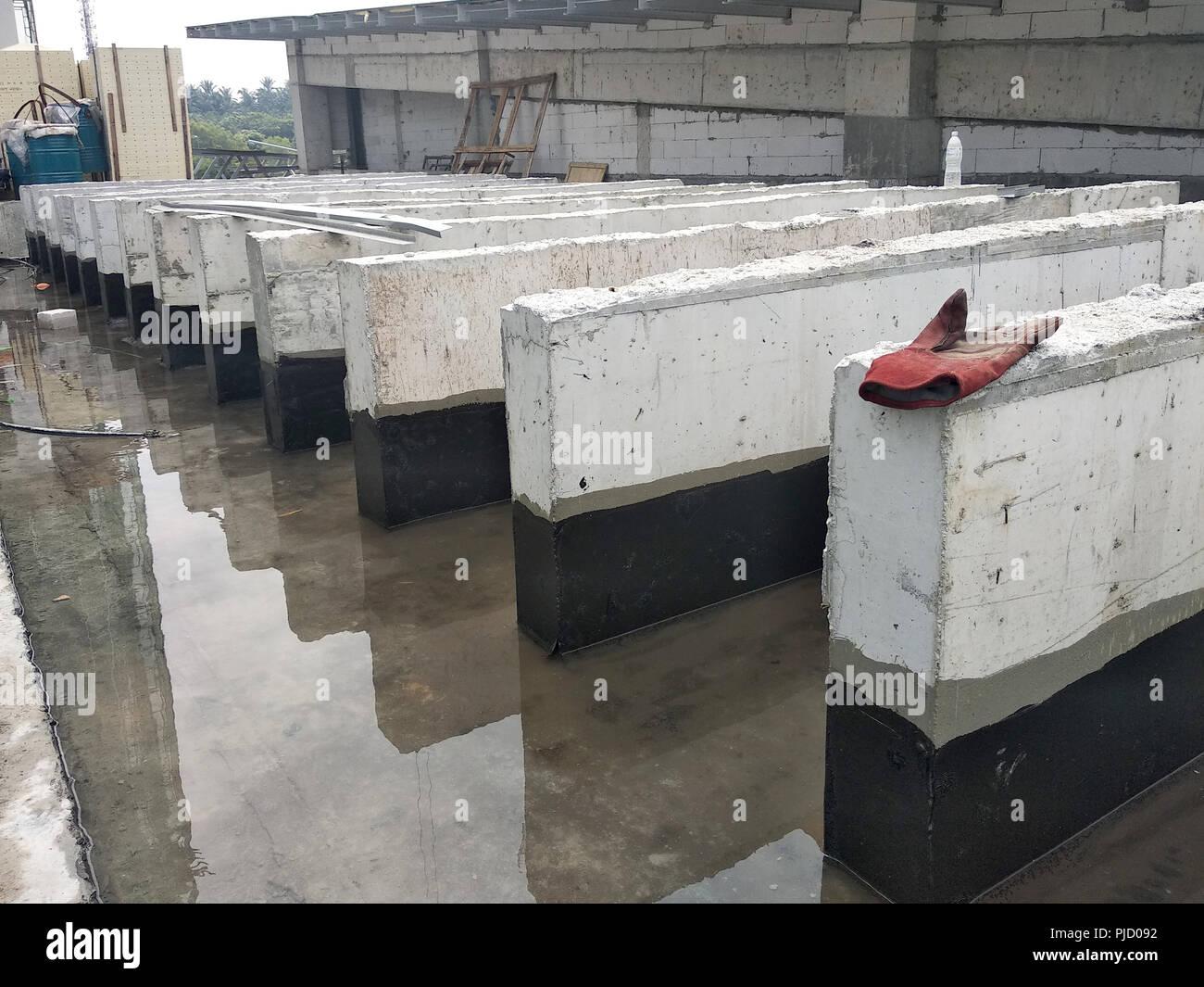 Waterproofing Stock Photos & Waterproofing Stock Images - Alamy