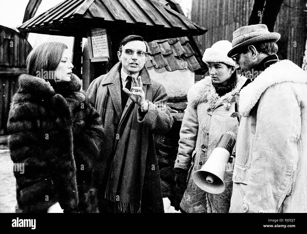 virna lisi, franco brusati on set of the movie tenderly, sweden 1968 - Stock Image