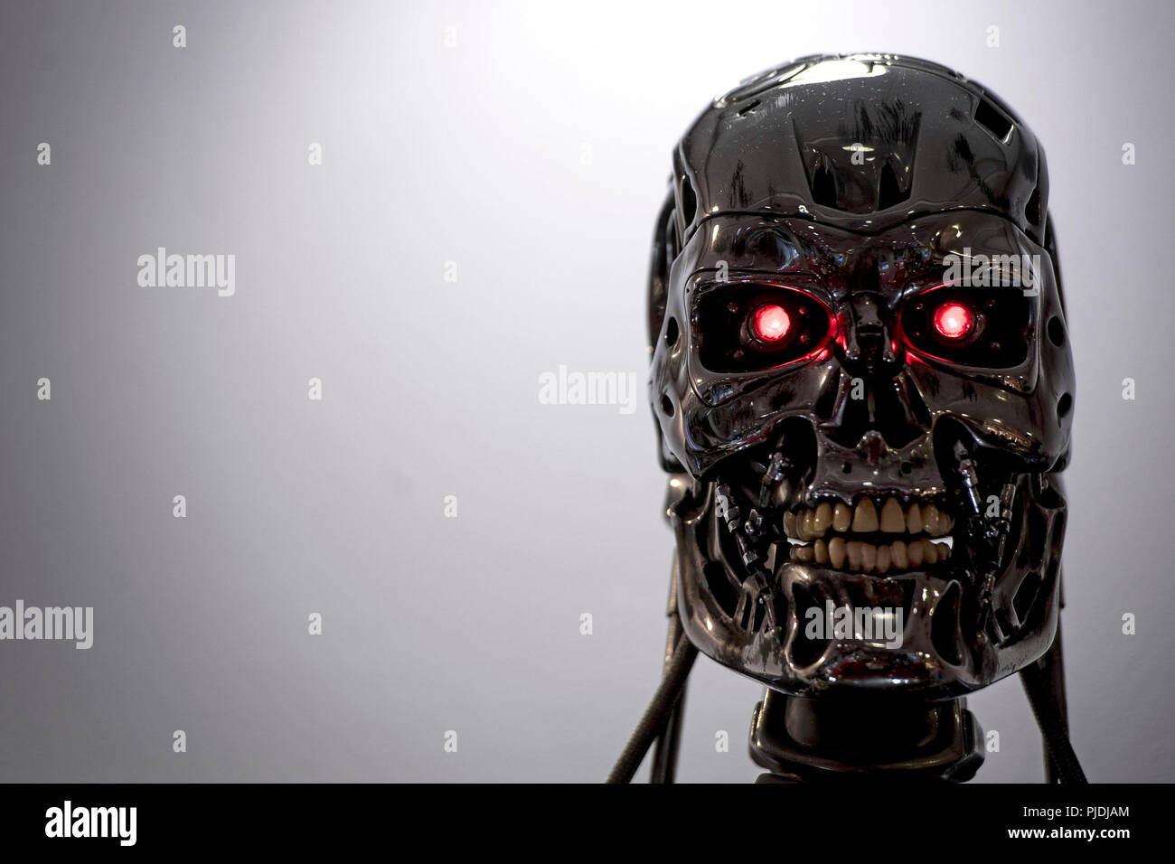 A T-800 Endoskeleton used in Terminator 2: Judgement Day (1991) at the Prop Store film memorabilia exhibition at the BFI IMAX at Waterloo in central London. - Stock Image
