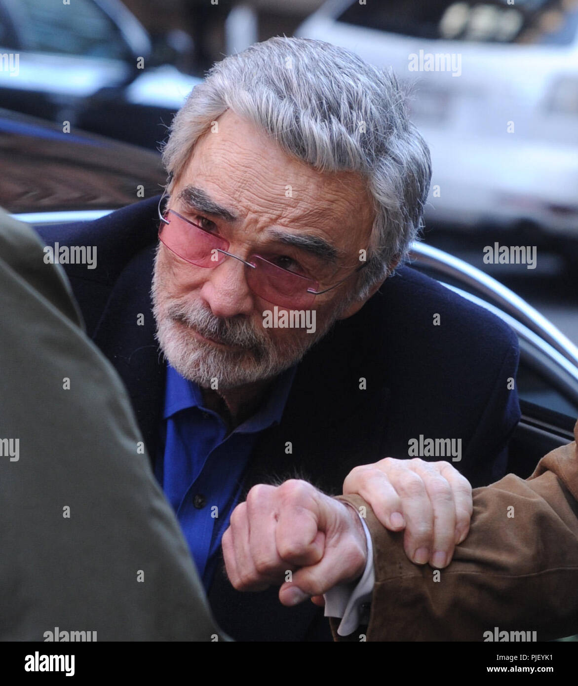 NEW YORK, NY - MARCH 15: Burt Reynolds leaves Build at Build Studio on March 15, 2018 in New York City.    People:  Burt Reynolds - Stock Image