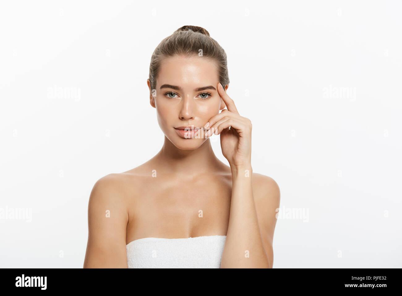 Woman Beauty Makeup Natural Face Make Up Body Skin Care Beautiful Model Touching Neck Chin Stock Photo Alamy