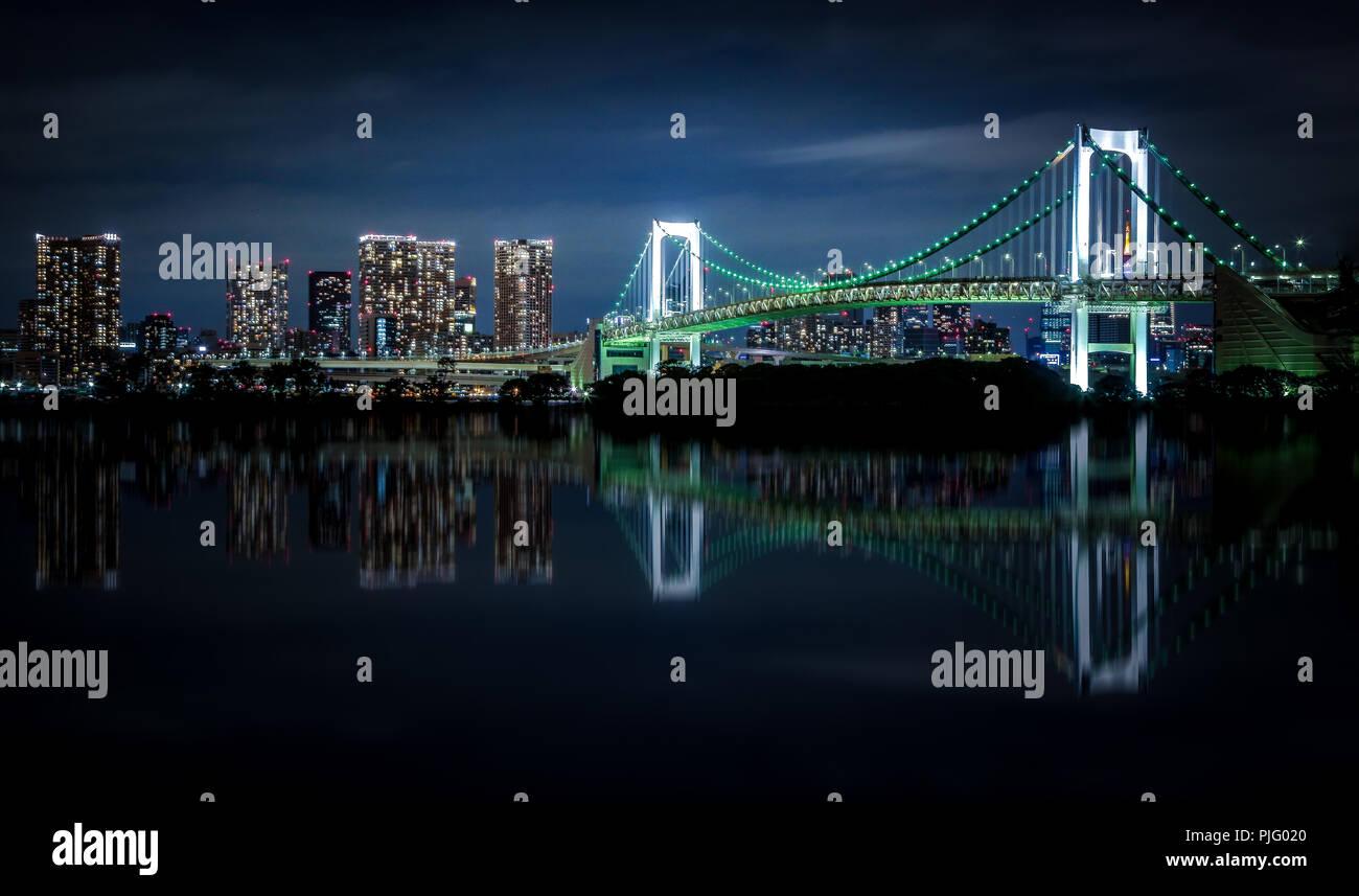 Tokyo Skyline - Rainbow Bridge - Stock Image