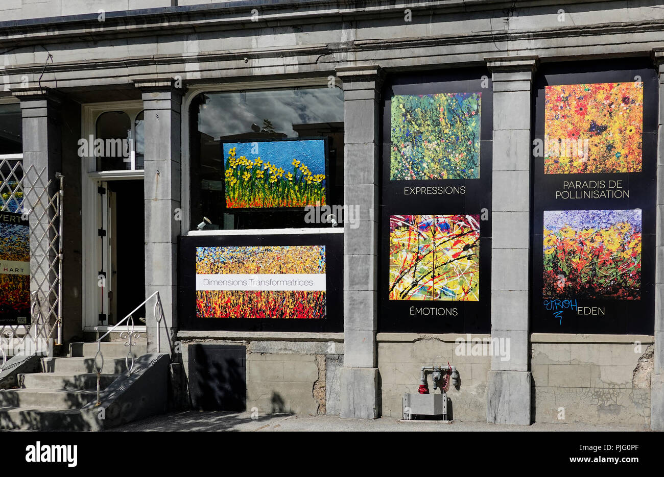 Pil painting on display in the window of an art gallery on Rue Saint-Paul in Montreal - Stock Image