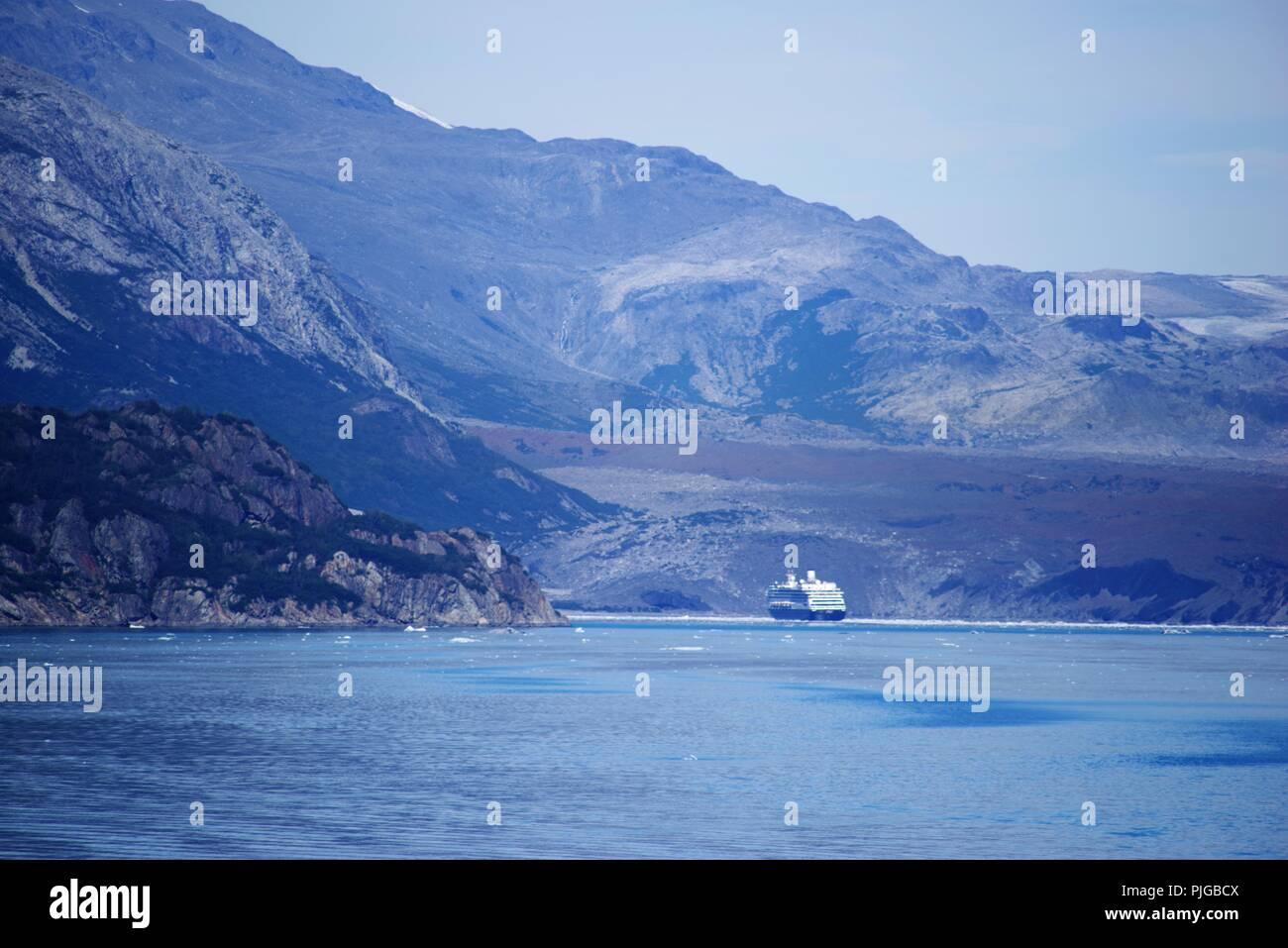 Holland America Line´s Volendam in Glacier Bay, Alaska, USA - Stock Image