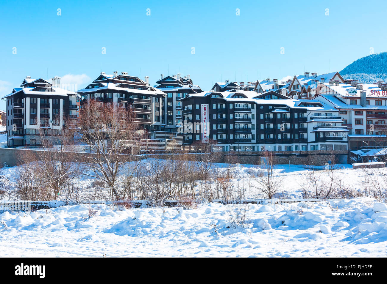 Bansko, Bulgaria - November 30, 2016: Hotels and street view in winter in bulgarian ski resort Bansko - Stock Image